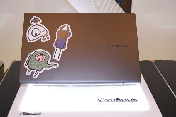 VivoBook S15 ステッカー